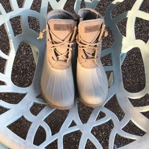 SPERRY DUCK BOOTS 8.5